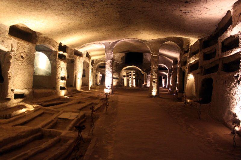 Catacombe-S.-Gennaro