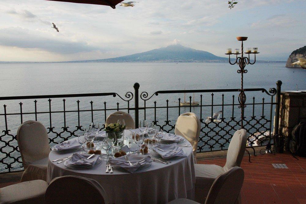 Matrimonio-Sire-Ricevimenti-Villa-Antiche-Mura-Sorrento (14)