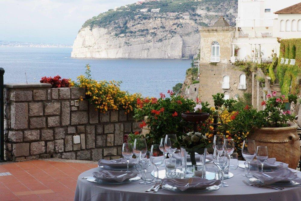 Matrimonio-Sire-Ricevimenti-Villa-Antiche-Mura-Sorrento (6)