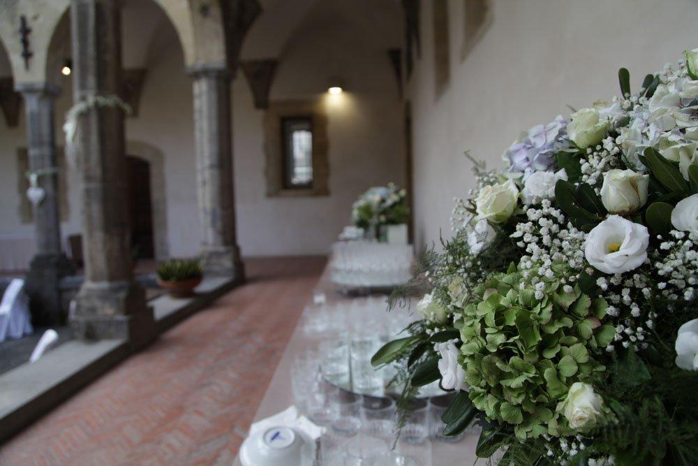 Matrimonio a Napoli al Chiostro Santa Chiara di Sire Ricevimenti (16)