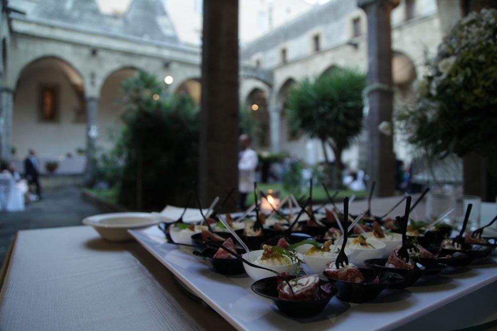 Matrimonio a Napoli al Chiostro Santa Chiara di Sire Ricevimenti (20)