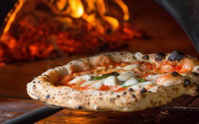 Team building: organizzare un pizza making a Napoli