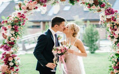 4 ottimi motivi per organizzare un matrimonio intimo